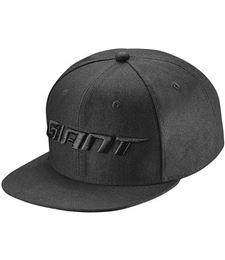 820000617 GIANT TRUCKER CAP BLACK